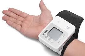 Một số lưu ý quan trọng khi thực hiện cách đo huyết áp bằng máy cơ