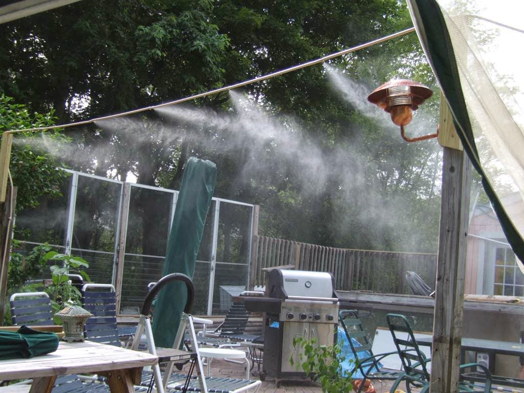 lắp máy phun sương quán cafe
